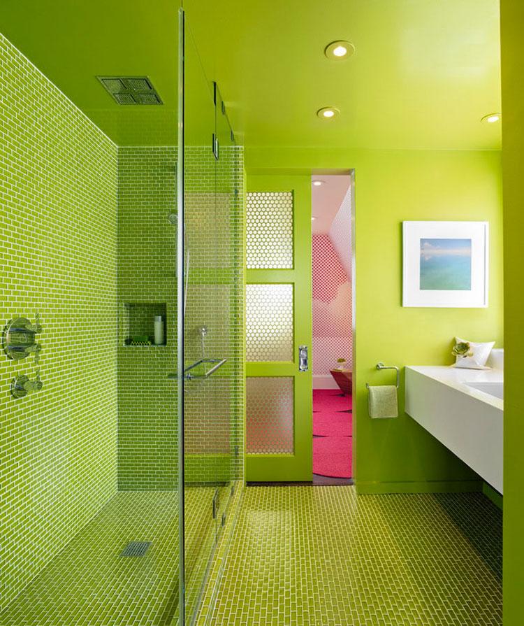Bagno con pareti verdi n.01