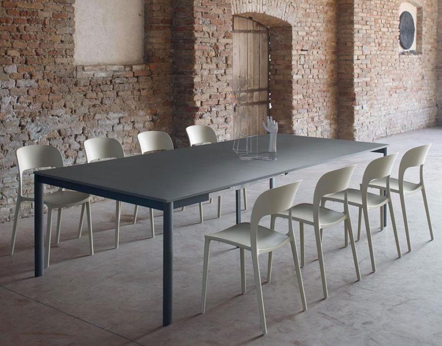Tavolo consolle allungabile di design di Bontempi modello Etico Plus aperto