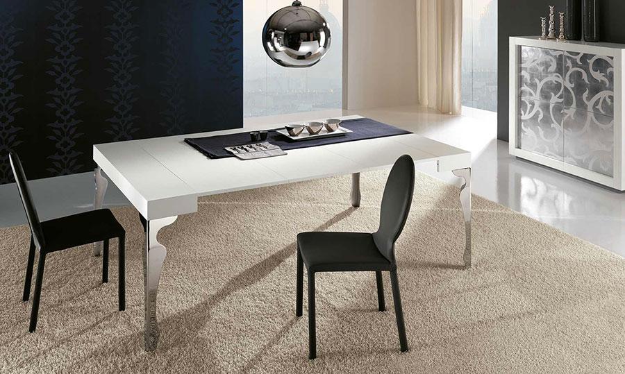 Tavolo consolle allungabile di design di Riflessi modello Luxury aperto