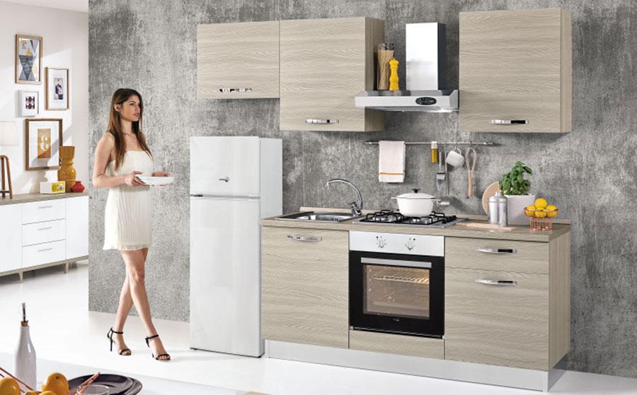 Modello di cucina di 2 metri lineare di Mondo Convenienza n.01