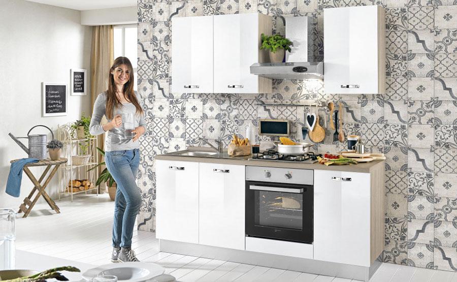 Modello di cucina di 2 metri lineare di Mondo Convenienza n.03