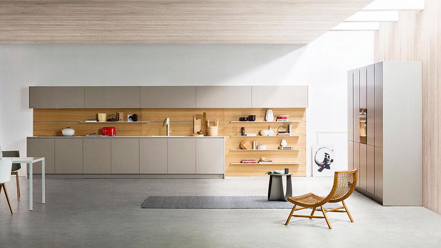 Modello di cucina lineare moderna di TM Italia n.02