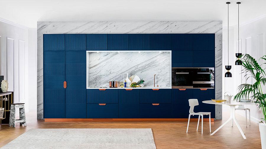 Modello di cucina lineare moderna di TM Italia n.03