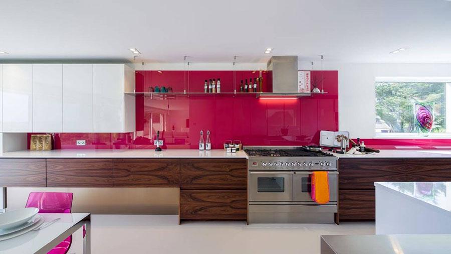 Modello di cucina rosa n.22