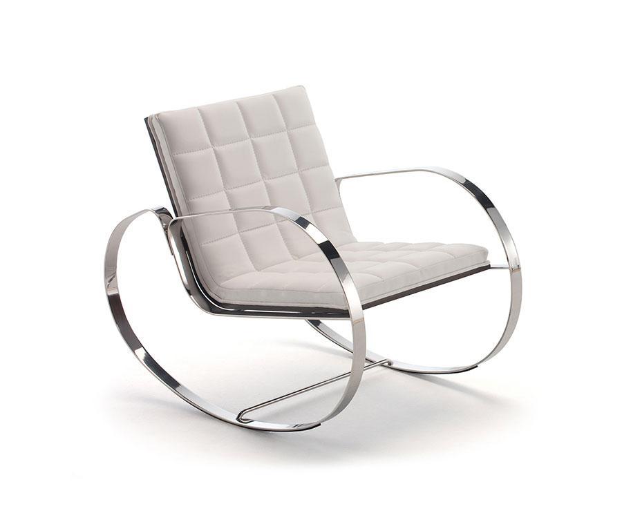 Sedia a dondolo di design modello Gica di Belta & Frajumar