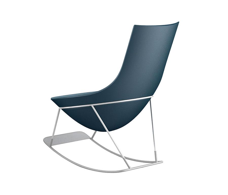 Sedia a dondolo di design modello Tom Yam di Qui est Paul