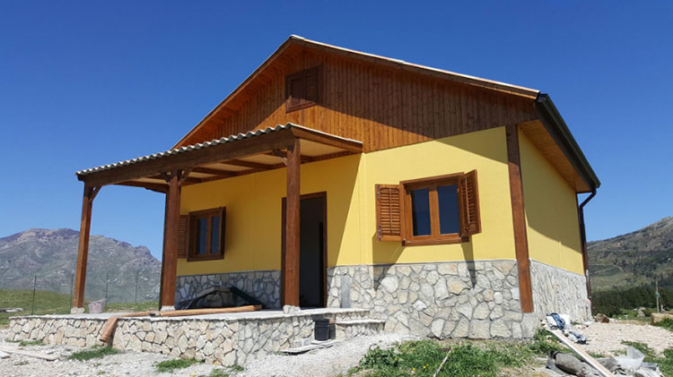Casa in legno di Prefabbricati Spring