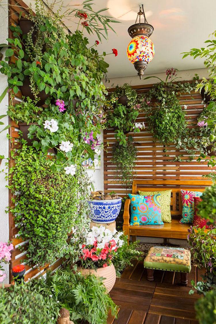 Idee per abbellire un terrazzo con piante e fiori n.6