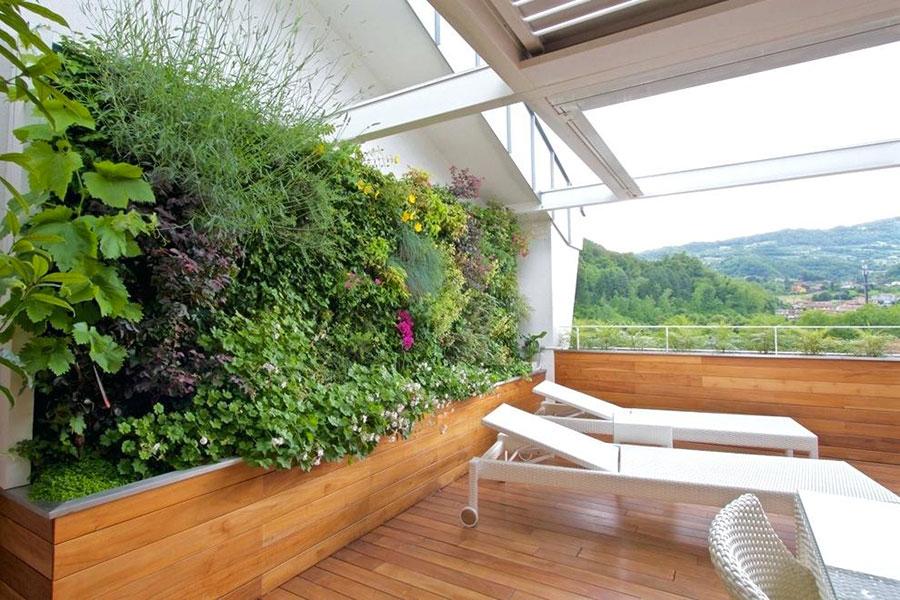 Idee per creare un giardino verticale in terrazzo n.03