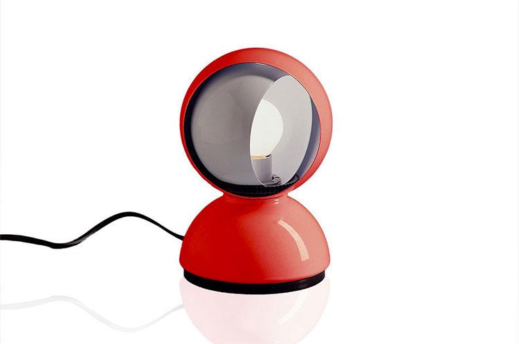 Modello di lampada da comodino di Design di Artemide n.01
