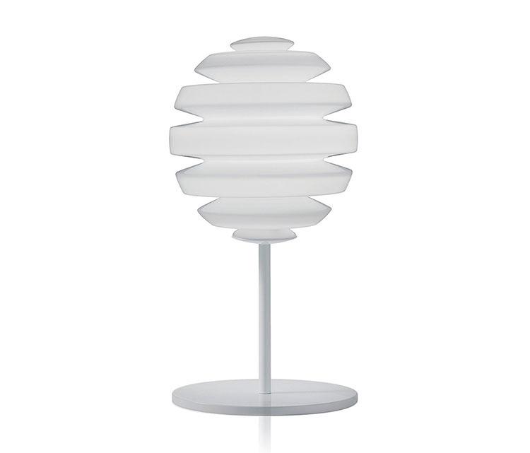 Modello di lampada da comodino di Design di Artemide n.03