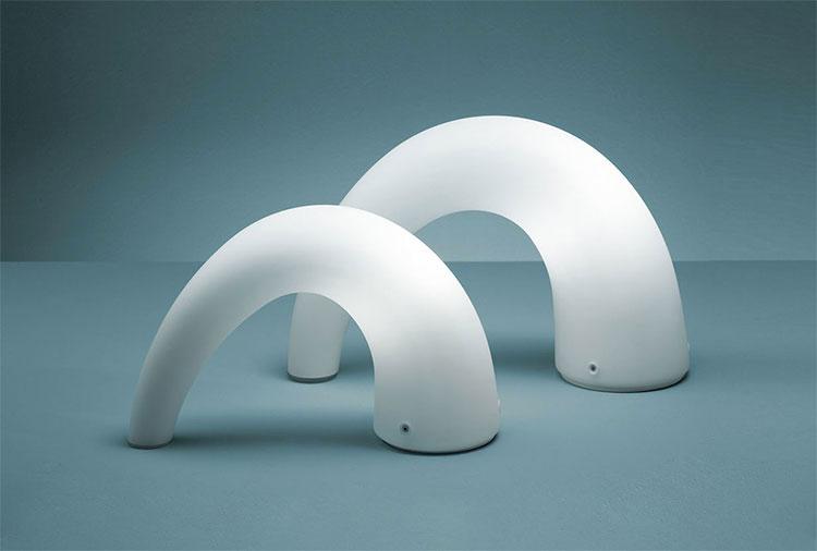 Modello di lampada da comodino di Design di FontanaArte
