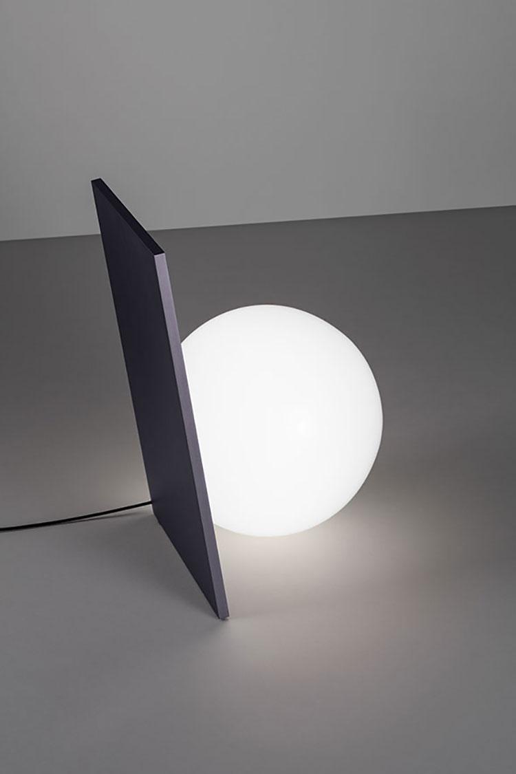 Lampada di Flos modello Extra Table