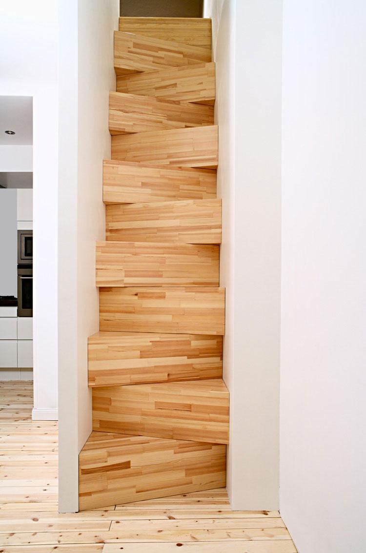 Modello di scala in legno per soppalco n.02