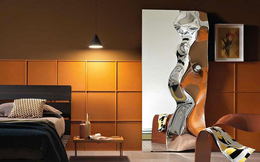 Modello di specchio per camera da letto di design n.11