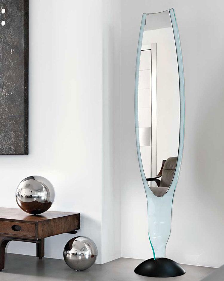 Modello di specchio per camera da letto di design n.14