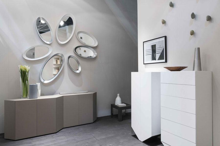 Modello di specchio per camera da letto di design n.21