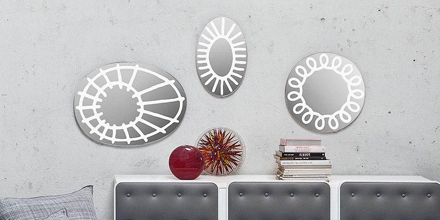 Modello di specchio per camera da letto di design n.27