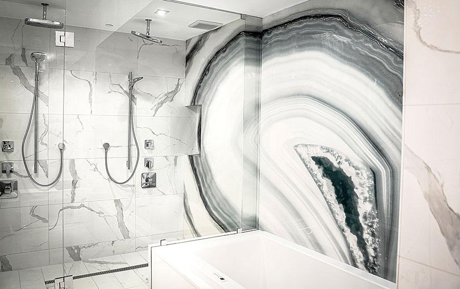 Modello di carta da parati per bagno moderno n.02