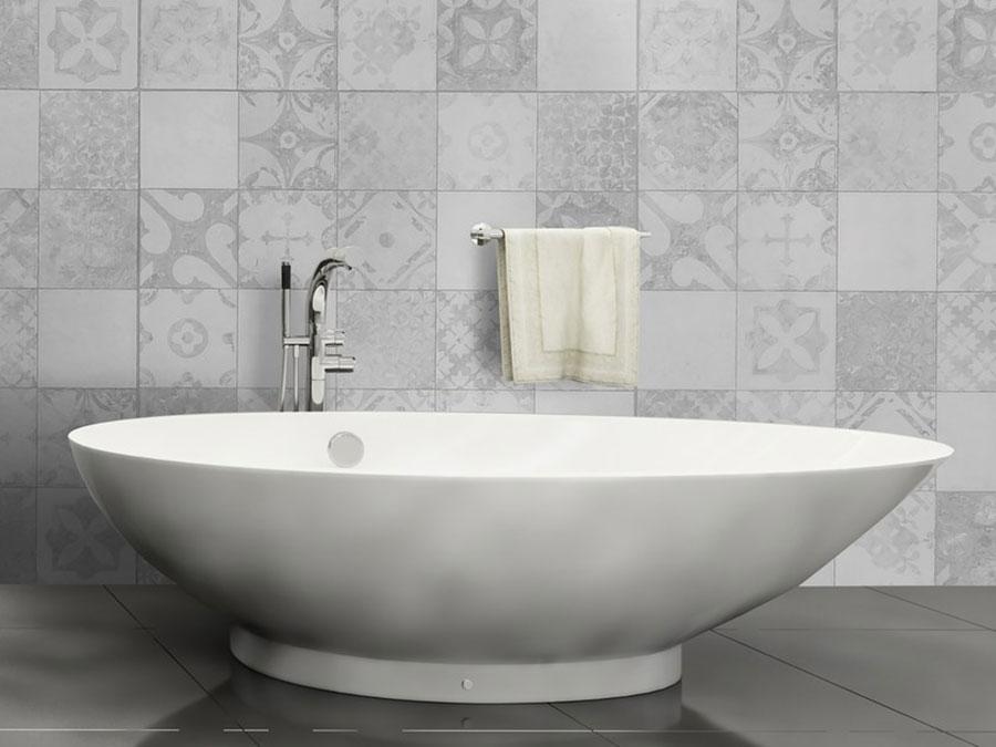 Modello di carta da parati per bagno effetto piastrelle n.01