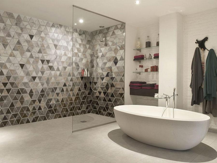 Modello di carta da parati per bagno motivo geometrico n.02