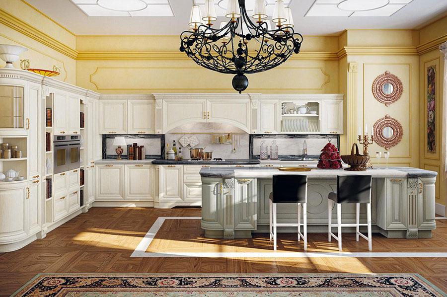 Colore giallo per pareti di cucine classiche n.05