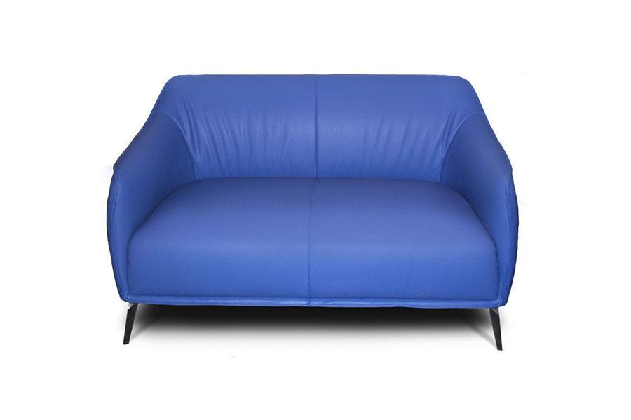 Modello di divano blu in pelle n.03