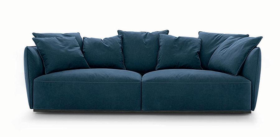 Modello di divano blu in tessuto n.03