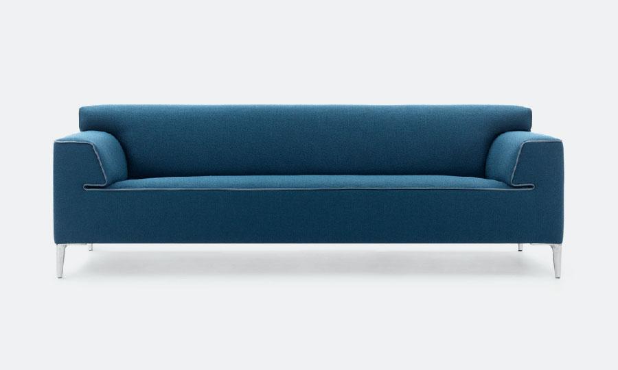 Modello di divano blu in tessuto n.07