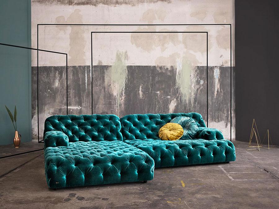 Modello di divano blu in velluto n.06
