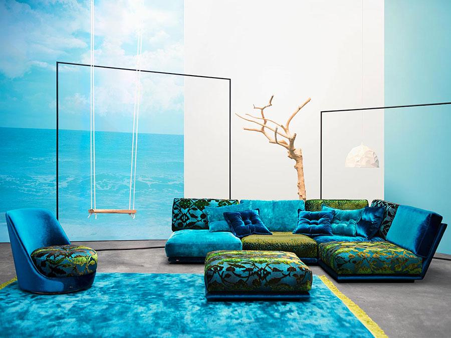 Modello di divano blu in velluto n.10