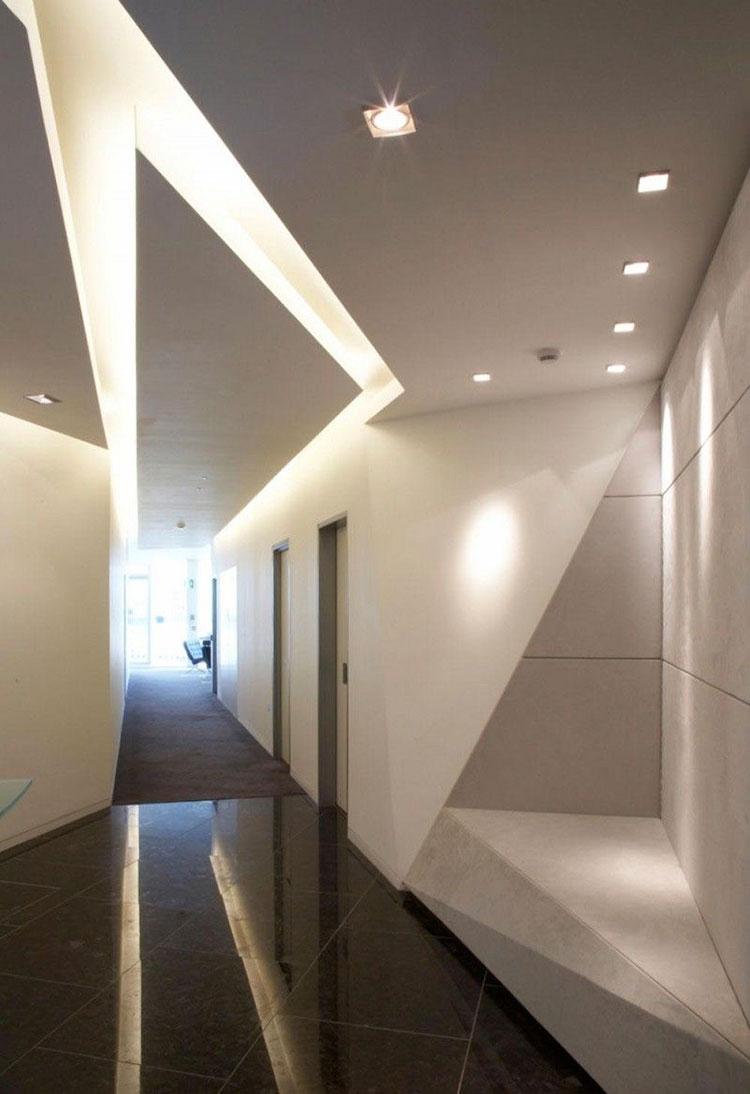Idee per arredare un corridoio moderno n.30