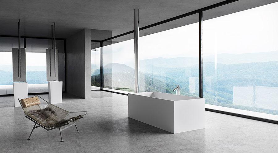 Idee per arredare un bagno bianco e grigio n.40