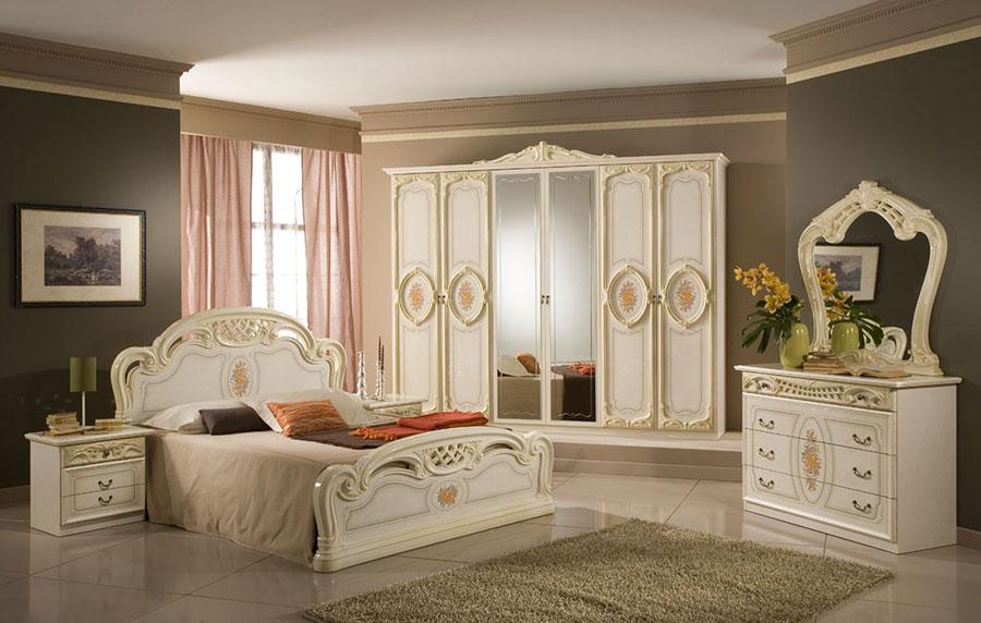 Immagini di camere da letto classiche n.04