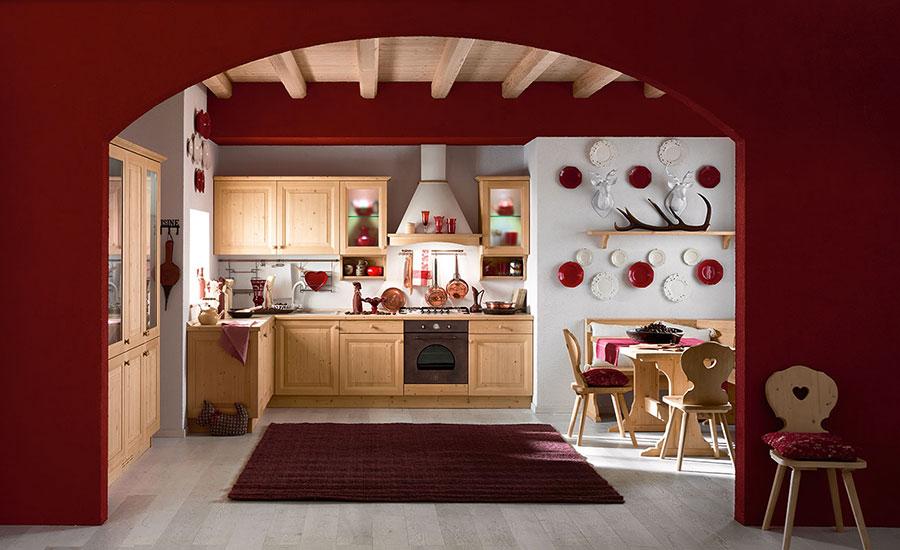 Idee di arredamento per una cucina rustica n.18