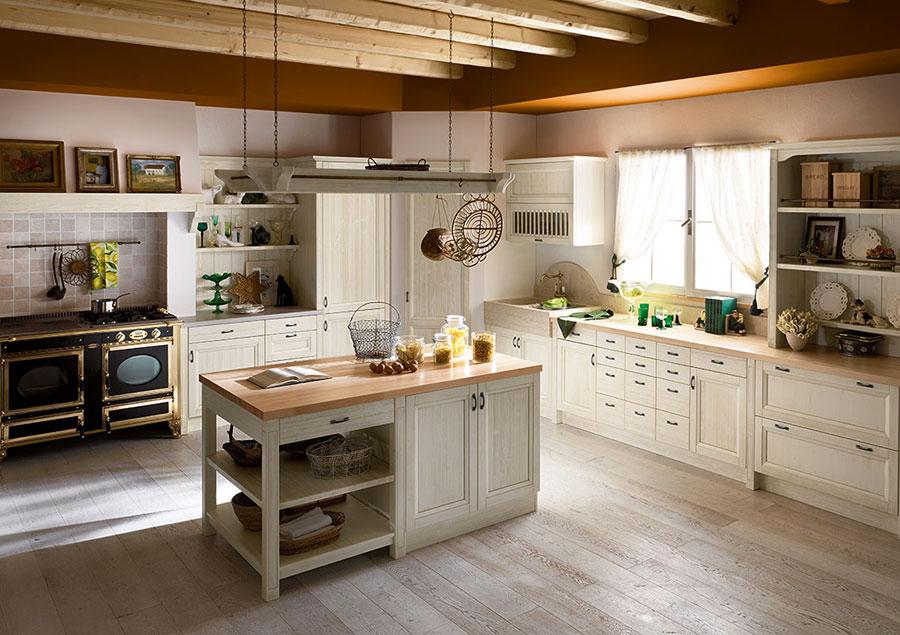 Idee di arredamento per una cucina rustica n.19