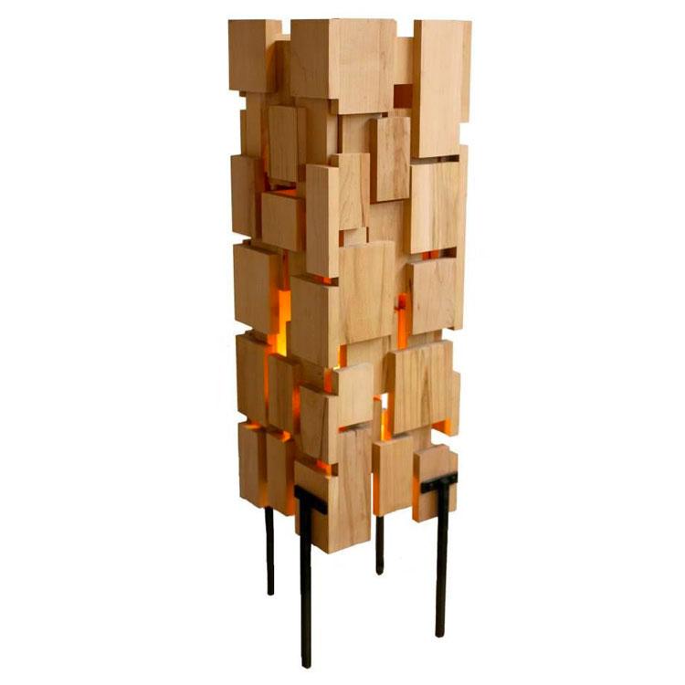Modello di lampada da tavolo in legno fai da te n.01