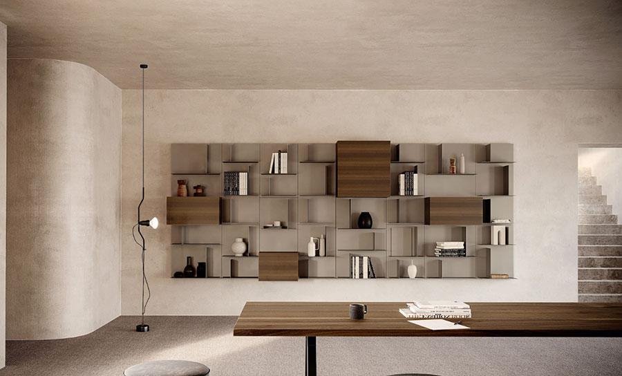 Idee per mobili in un corridoio stretto n.05