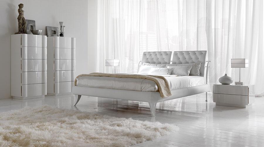 Camera da letto di lusso classica di CorteZari 03