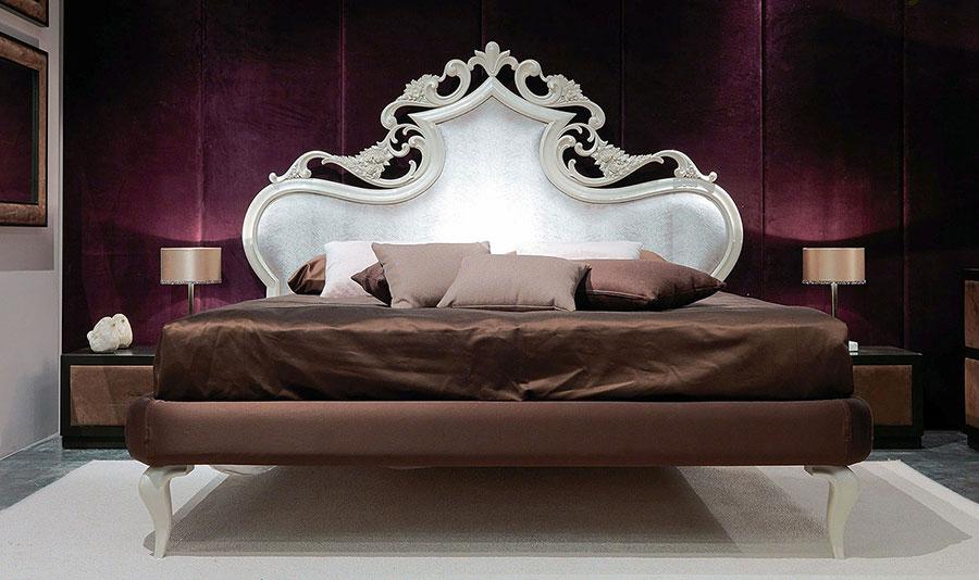 Camera da letto di lusso classica di CorteZari 10