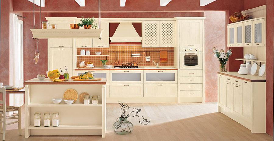 Modello di cucina classica con isola centrale di Gory Cucine n.02