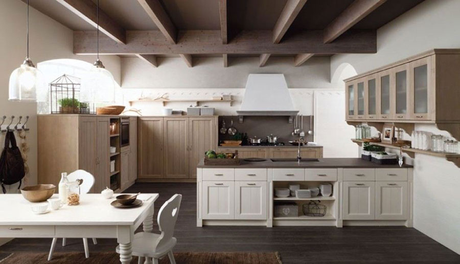 Modello di cucina classica con isola centrale di Scandola n.04