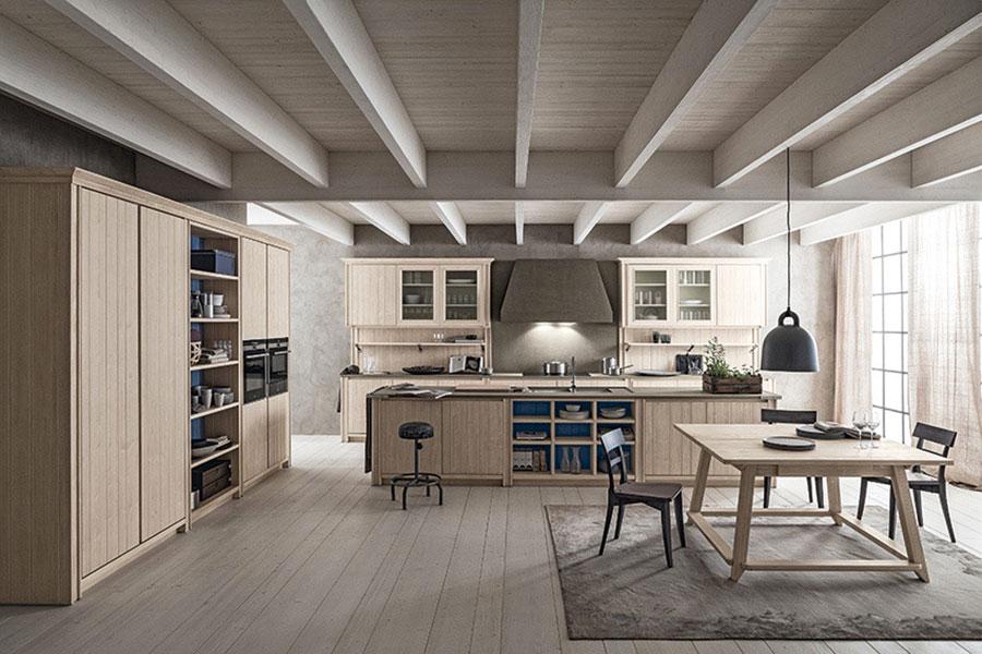 Modello di cucina classica con isola centrale di Scandola n.05