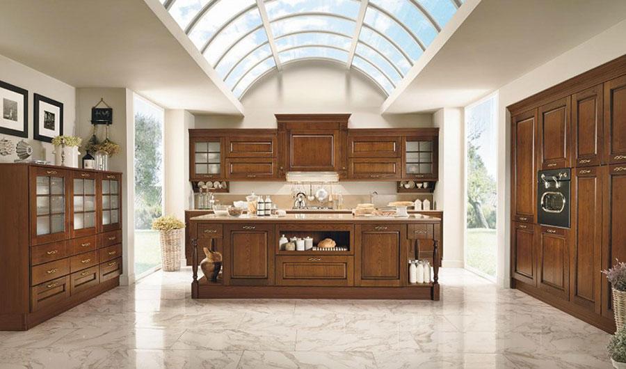 Modello di cucina classica con isola centrale di Colombini Casa n.04