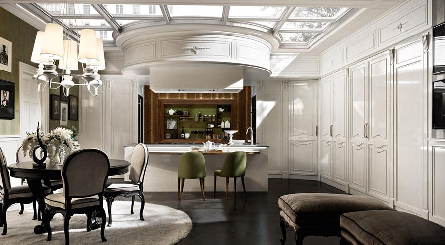 Modello di cucina classica con isola centrale di Martini n.03