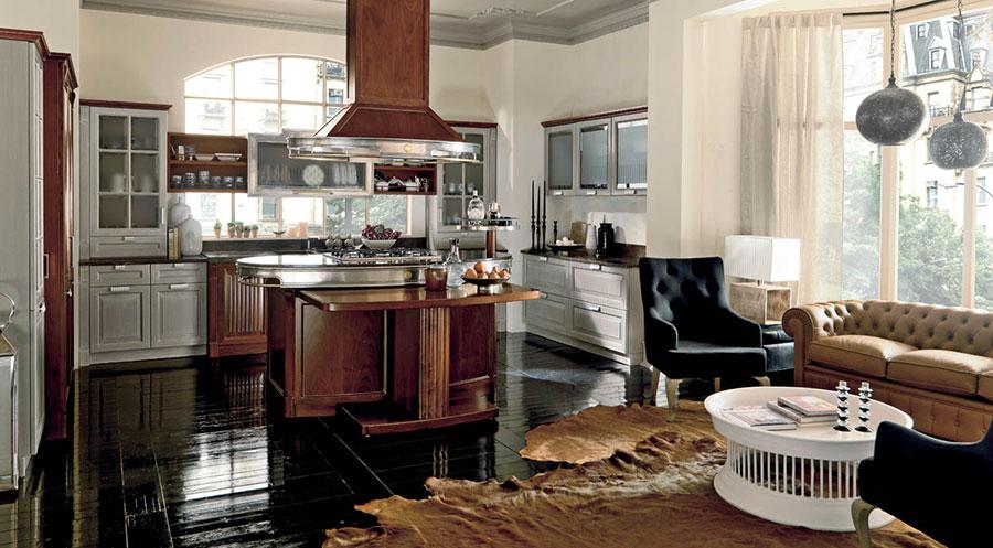 Modello di cucina classica con isola centrale di Martini n.06