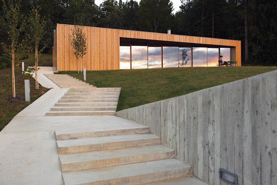 Modello di scala esterna per villa moderna n.02