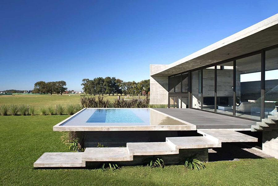 Modello di scala esterna per villa moderna n.03