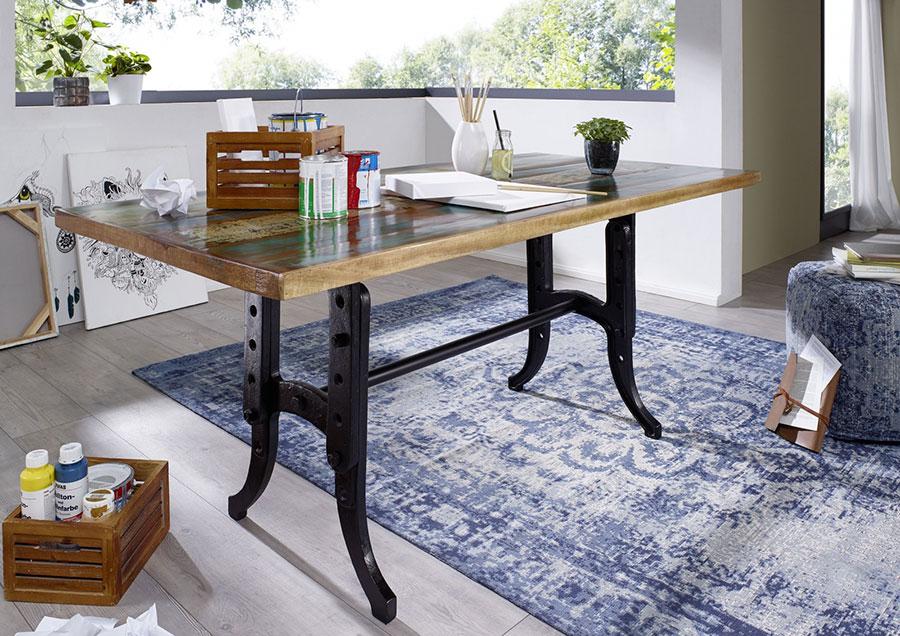 Modello di tavolo industrial di Amazon n.10