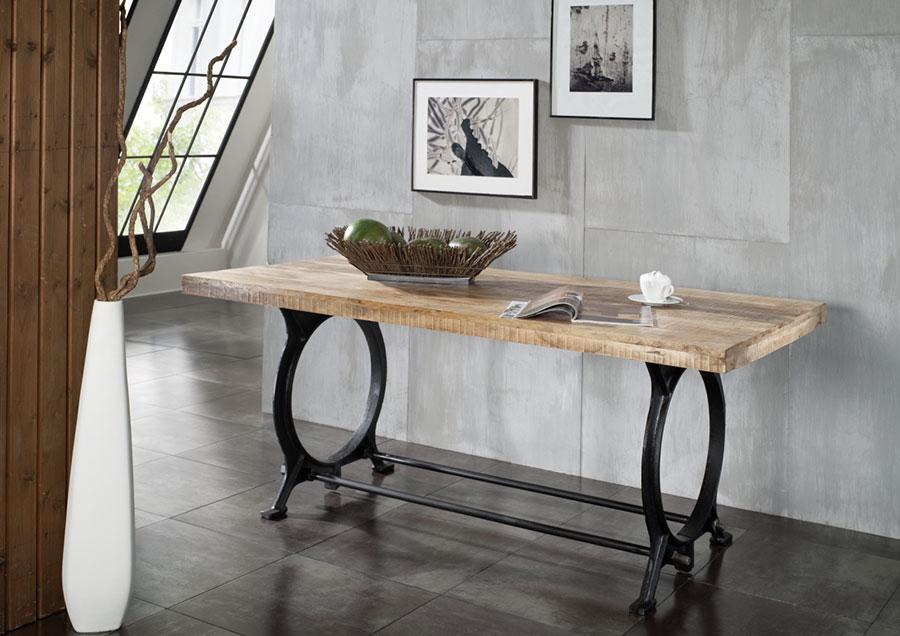 Modello di tavolo industrial di Amazon n.4